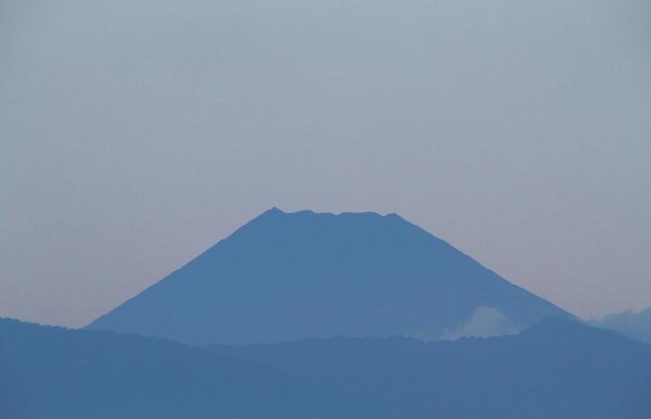 9月14日 5-35 今朝の富士山-1