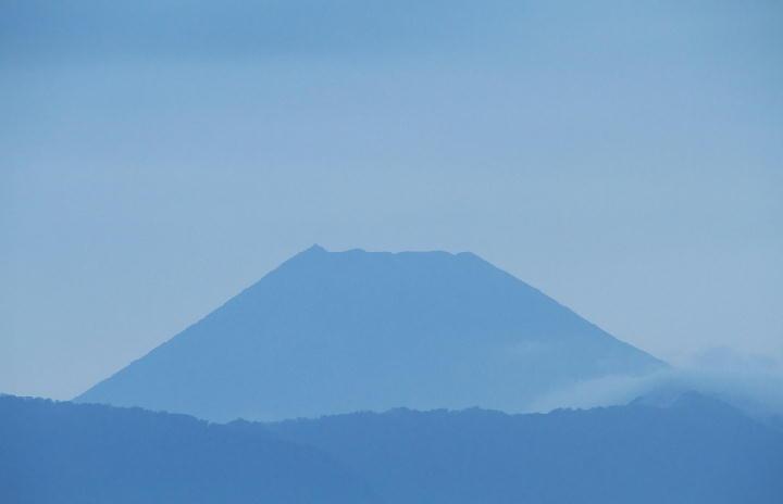 9月27日 5-49 今朝の富士山