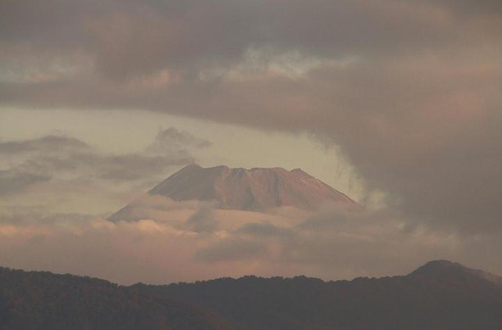 10月6日 6-10 今朝の富士山