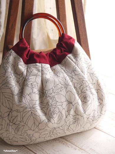 Retro rose 白 リングのバッグ1