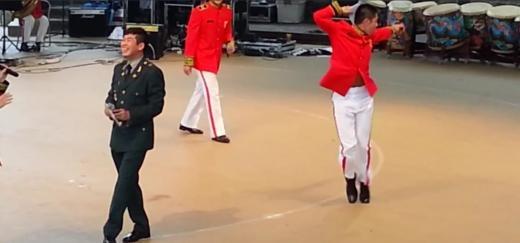 150905軍コンサートユノ
