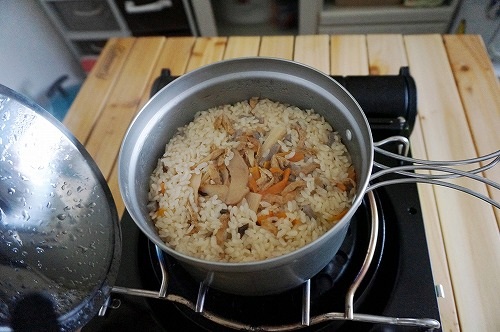 キャンプご飯1