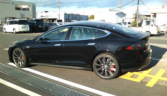 Tesla_2.jpg