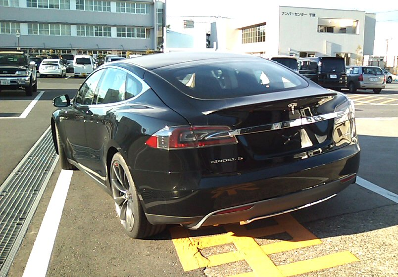 Tesla_4.jpg
