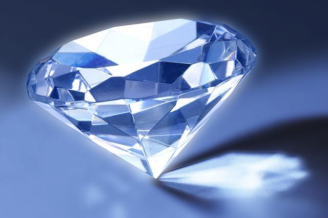 diamond-500872_640.jpg