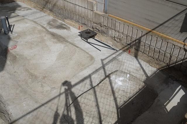 京都市東山区の変形した狭小地にらせん階段・ルーフバルコニーのある狭小モダン注文住宅
