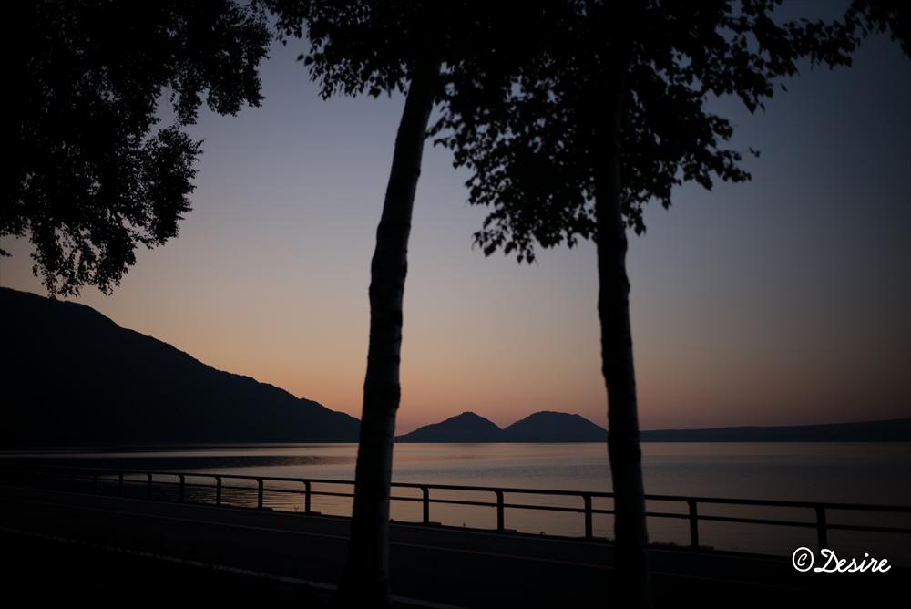 支笏湖の朝2