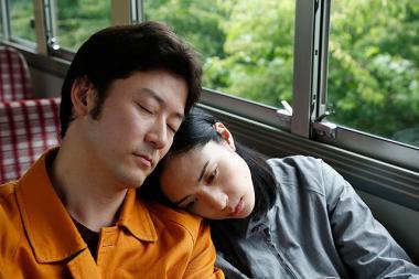 黒沢清監督 『岸辺の旅』 死んだ優介(浅野忠信)と一緒に瑞希(深津絵里)は旅に出る。