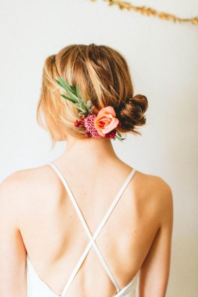 造花フラワーヘアアクセサリー