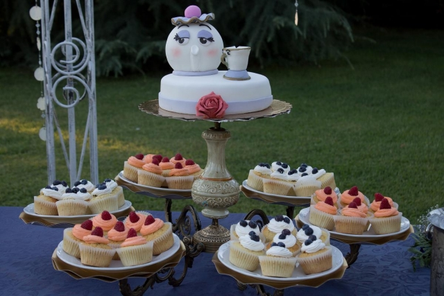 wedding cake stand cupcakes beauty and the beast