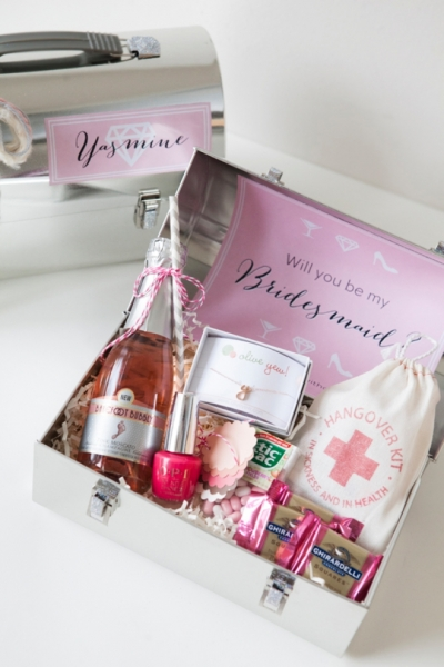 SomethingTurquoise-DIY-Will-You-Be-My-Bridesmaid-Lunch-Box_0001.jpg