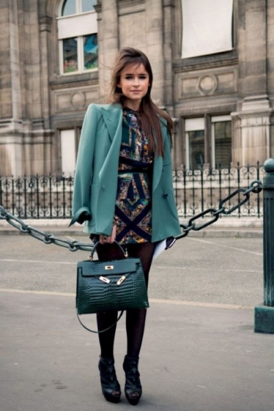 what-to-wear-to-a-fall-wedding-29-perfect-fall-guests-outfits-2-500x750.jpg