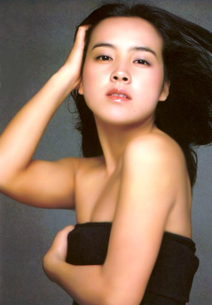 araki-yumiko29up.jpg