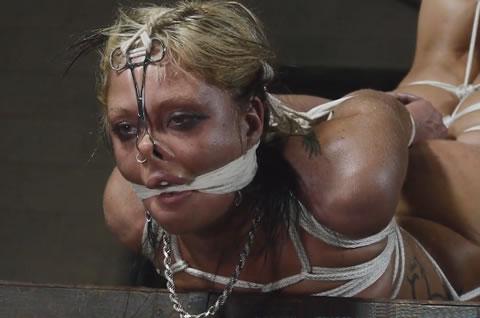 洋物 ハード股縄責めに裂かれてくいこむ秘唇に女の性を見た!27(無修正)