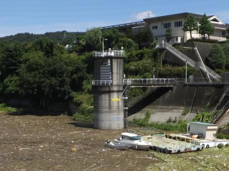 津久井発電所1号機取水塔
