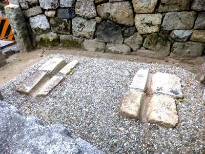 御香宮神社の車石