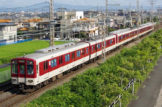 Kintetsu1020-1s.jpg