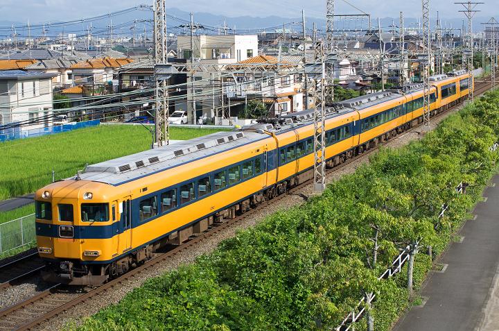 Kintetsu12400-1s.jpg