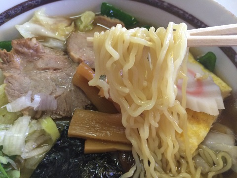 五目麺アップ