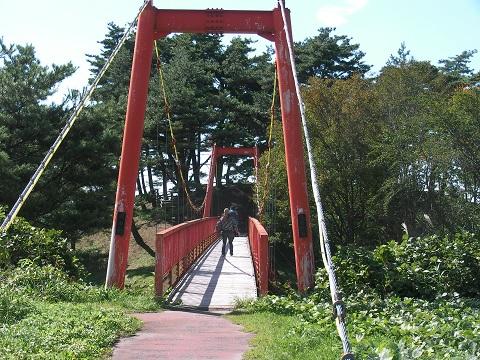 24吊り橋