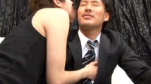 【ゲイ エロ動画 pornhub】スーツ姿の格闘家ノンケイケメンが初フェラに挑戦!感想を求められて「何も言えないッス」ww