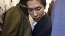 【ゲイ動画 pornhub】満員通勤電車で起きたノンケサラリーマンの悲劇!ホモ乗車率100%の車両でぶっかけ乱交アナルファック!