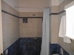 Dias シャワー
