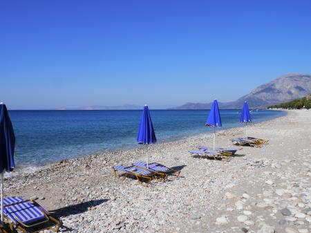 朝のバロスビーチ
