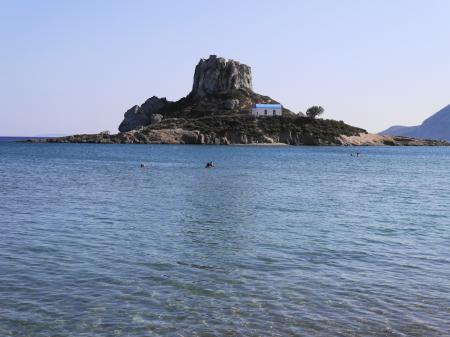 感激の泳ぎやすさアギオステファノスビーチ