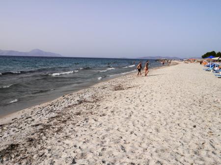 うねりが出てきたマスティハリビーチ