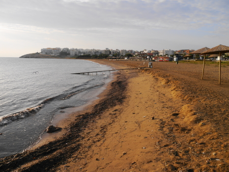 ホテル横のビーチ