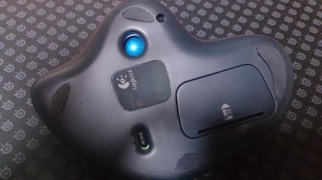 LOGICOOLのワイヤレストラックボールマウスを買ったのでレビュー450a53.jpg