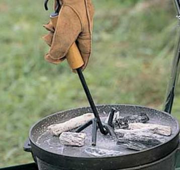 ダッチオーブンの必需品ロゴス(LOGOS) ダッチオーブン・リッドリフター