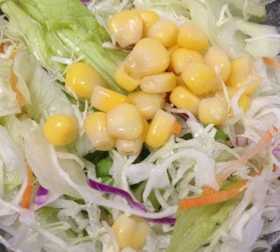 トマトバジルハンバーグ定食 生野菜