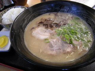 博多区 吉塚 麺工房 はいど ラーメン 156