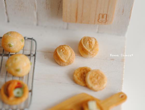 パン屋 捨てパン