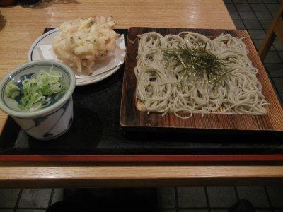 へぎそばと天ぷら@720円