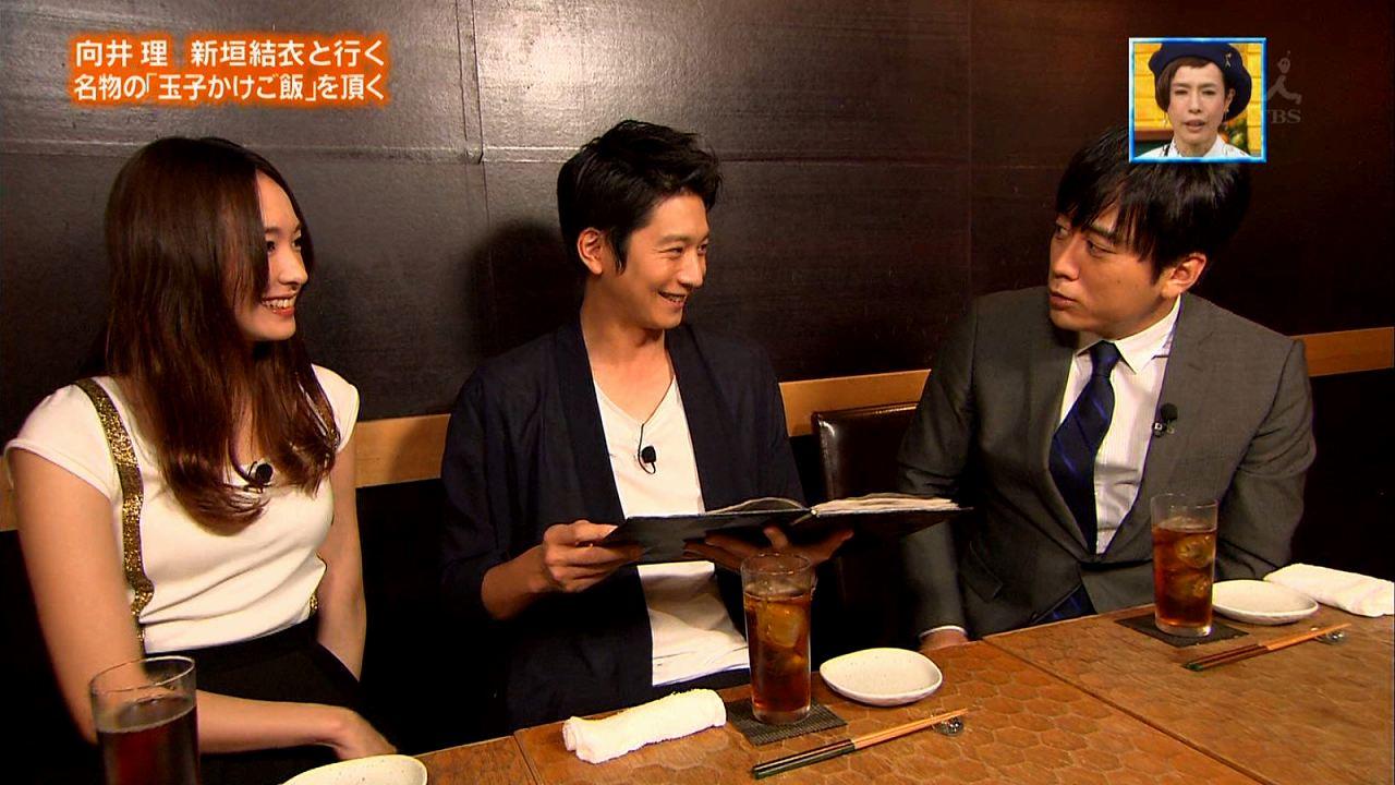 TBS「ぴったんこカン・カン」で胸が強調される衣装を着た新垣結衣のおっぱい