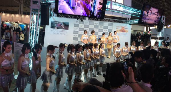 東京ゲームショウ2015、Xperiaのコンパニオン
