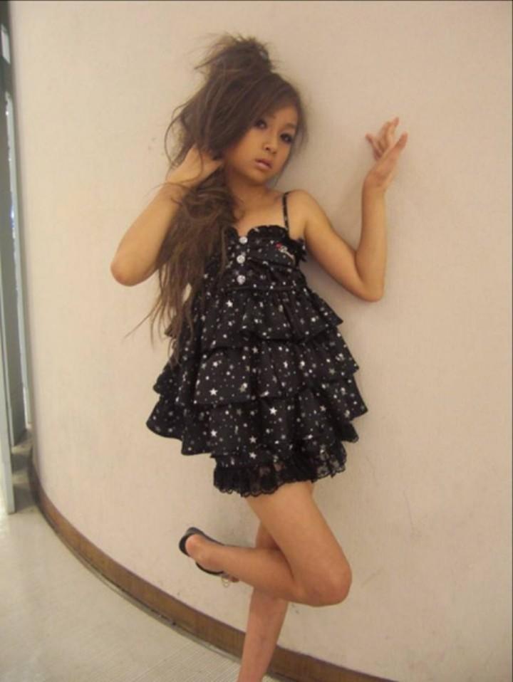 ギャルメイク、ファッションの女子小学生(JS)