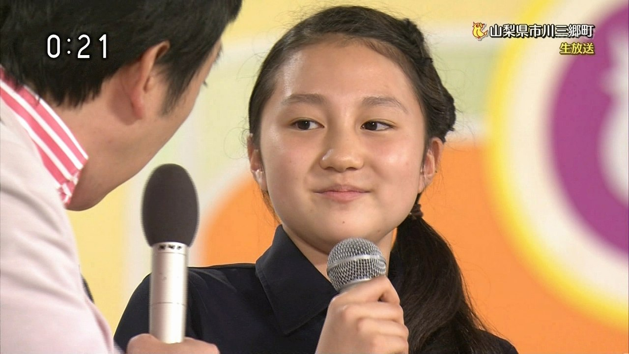 「NHKのど自慢」に出場してパンチラした女子中学生