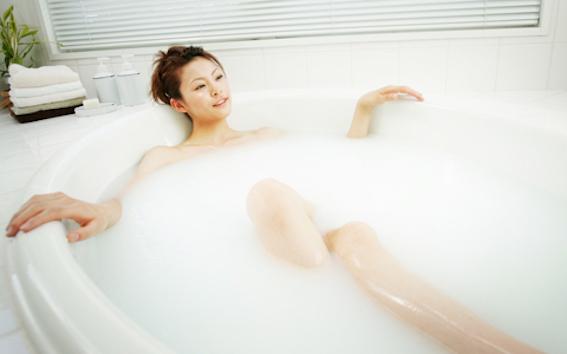 入浴シーン 写真