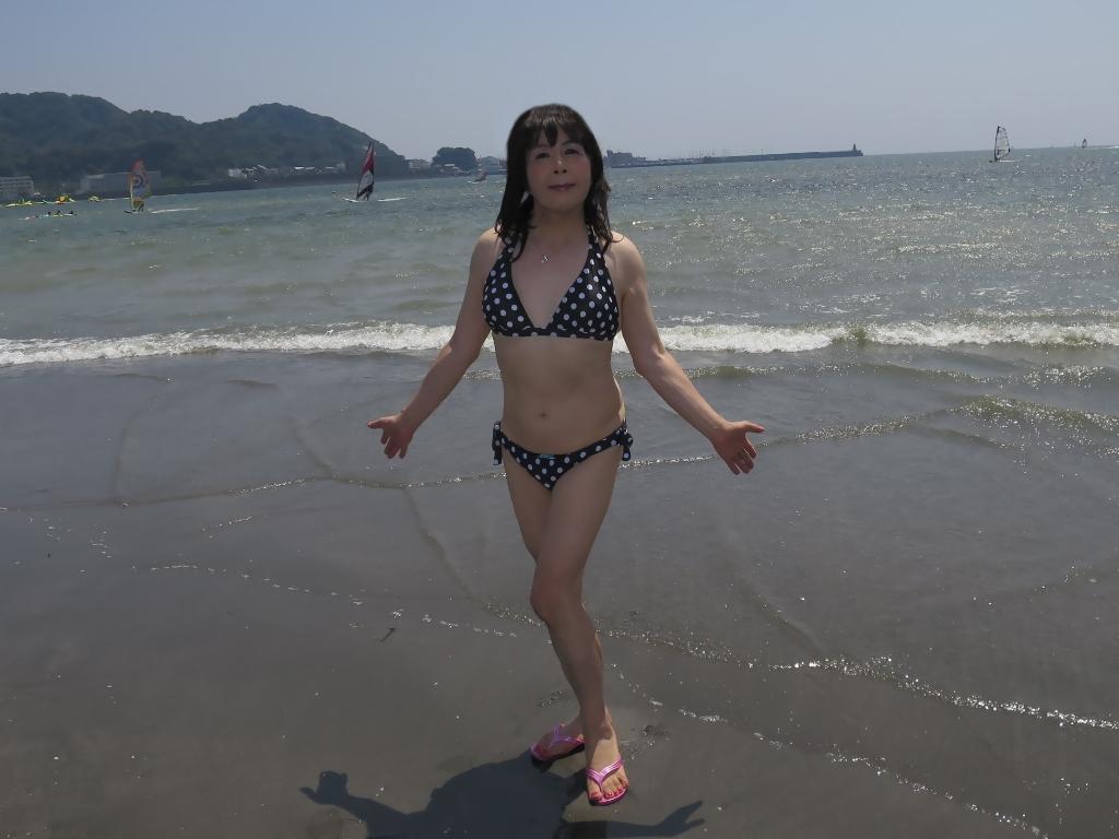 逗子海岸黒水玉水着A(3)