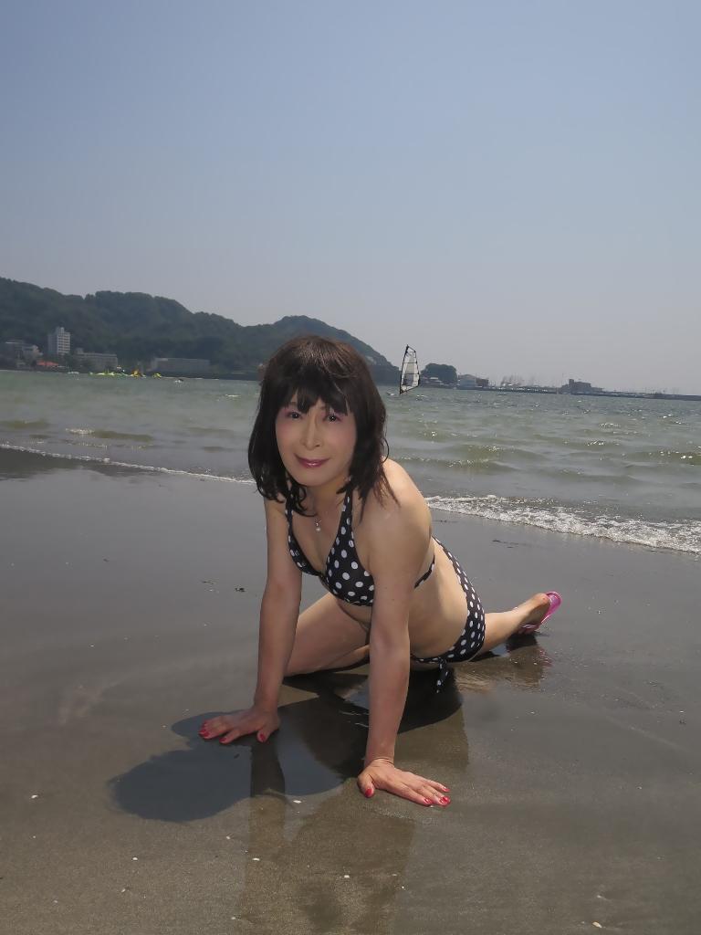 逗子海岸黒水玉水着A(6)