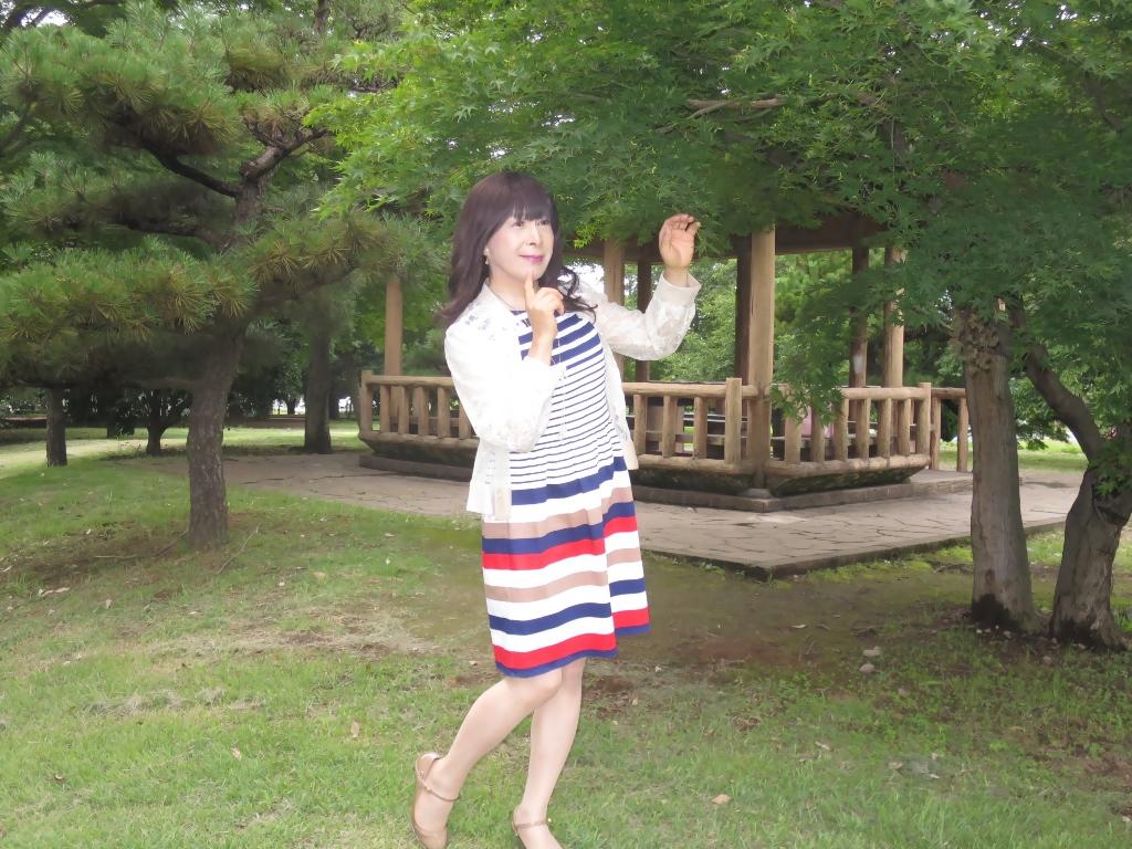 マルチボーダー柄ワンピ公園A(2)