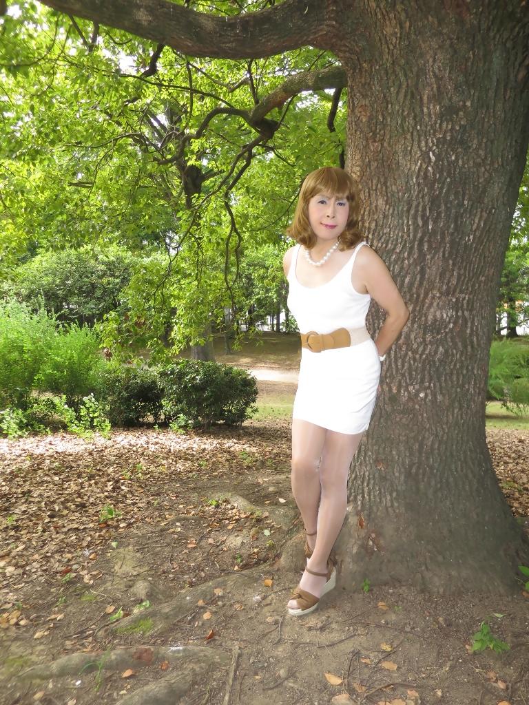 白ミニスカ夏D(2)