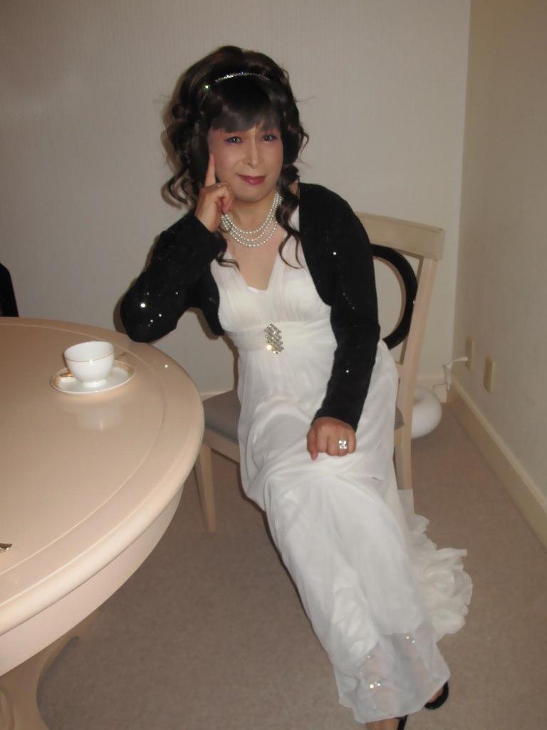 101121白ドレス(1)