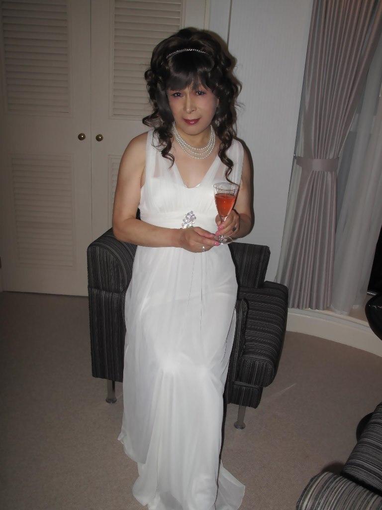 101121白ドレス(3)