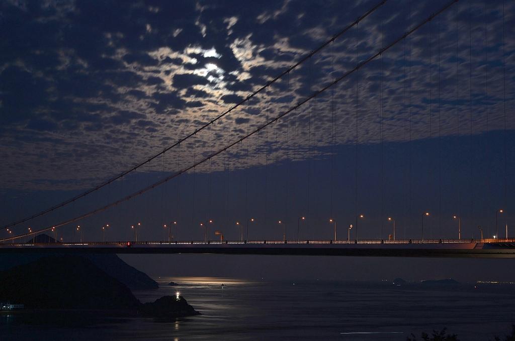 来島海峡中秋の名月
