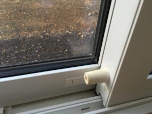 リビング引き違い窓